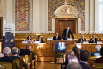 """Kielemezte a """"negru"""" szót az akadémia elnöke – A romángyalázás elleni tiltakozásra szólít Ioan Aurel Pop"""