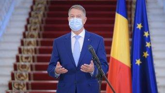 Iohannis: nem akarunk országos karantént, de újabb korlátozások kellenek, és a húsvéti misére is megoldást kell találni