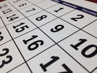 Kevesebb hivatalos munkaszüneti nap esik hétköznapra jövőre
