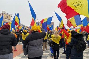 Rájátszhat a feszültségekre az AUR: titkosszolgálatokat sejtenek a szélsőséges párt meglepő eredménye mögött az elemzők