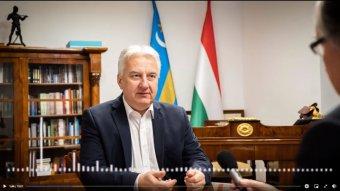 """Semjén: nincs A és B kategóriájú magyar állampolgár, a honosítás a """"Trianonra ma adható reális válasz"""""""