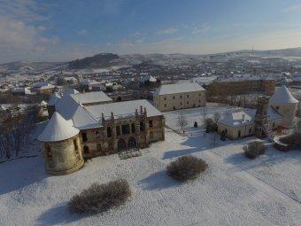 Folytatódik a restaurálás az erdélyi Versailles-ban – Új falszárítási technológiát is tesztelnek a bonchidai Bánffy-kastélyban