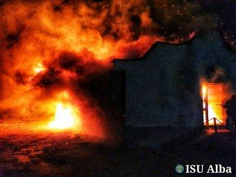Leégett egy menedékház a Kudzsiri-havasokban