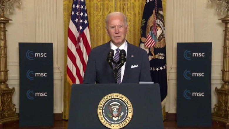 """Biden nem akar újabb hidegháborút, de """"a demokráciának kell győznie"""""""