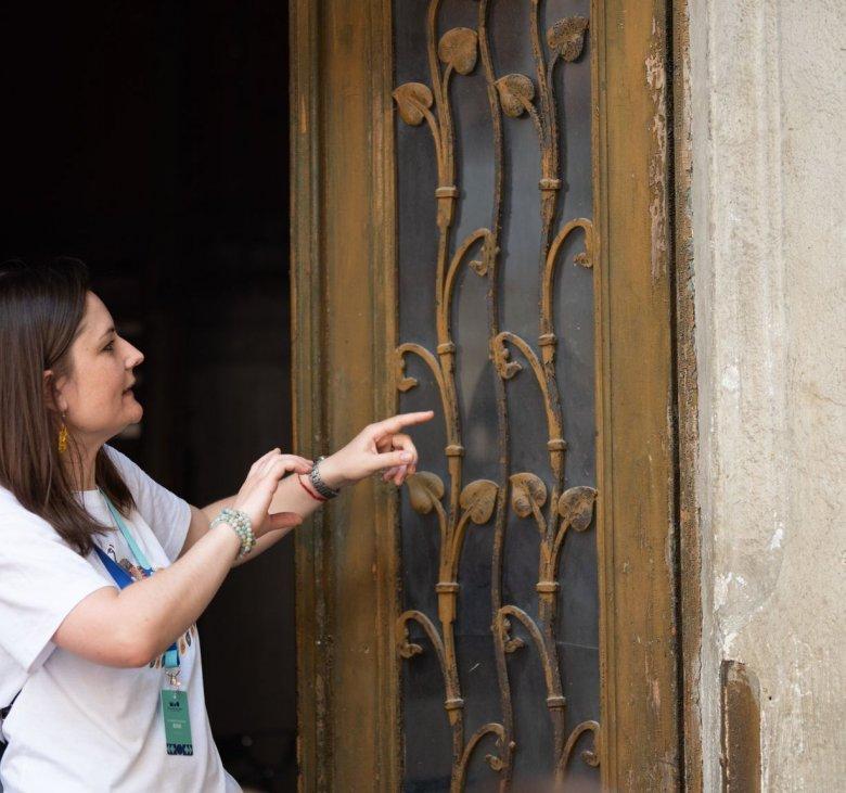 Nemcsak a látványos palotákat, a szecessziós kapukat is megmentenék Nagyváradon
