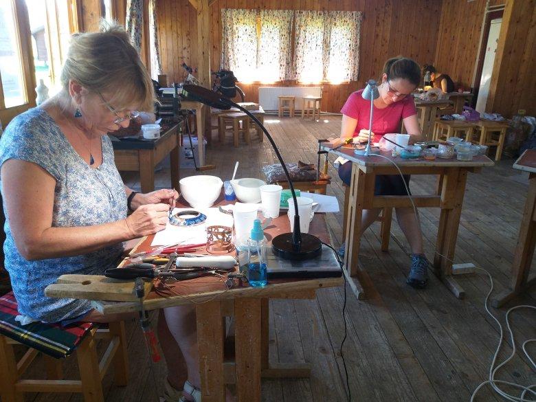 Nem fogott ki az erdélyi kézműveseken a járvány: segít a jó hírnév, de veszélybe kerülhet a hagyományőrzés