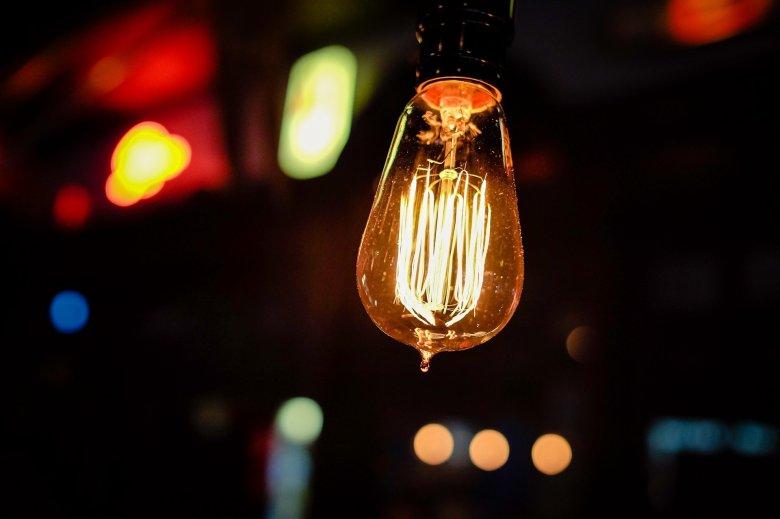 Több mint 18 százalékkal drágult januárban a villanyáram, 2,99 százalékra nőtt az inflációs ráta