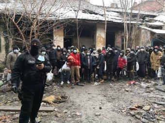 Temesvár kormányzati segítséget kért a migránshelyzet kezelésére, a belügyminiszter az embercsempészeket okolja