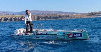 Rakonczay Gábor elindult Gran Canariáról, hogy a világon elsőként állva evezze át az Atlanti-óceánt (VIDEÓ)