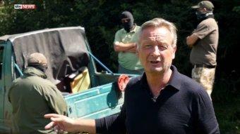 Felfüggesztett börtönt kaptak a Sky News vitatott fegyverriportjában szereplő magyar–román kettős állampolgárok