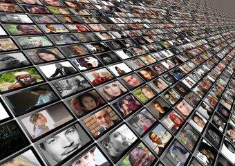Szakadozik a kamaszok szociális hálója, még inkább kiszolgáltatottak a rosszakaró influencereknek