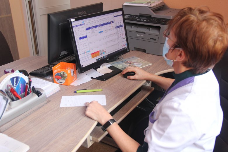 Öt év alatt elnéptelenedhet a romániai egészségügyi alapellátás – Nem tetszik a háziorvosoknak az új keretszerződés