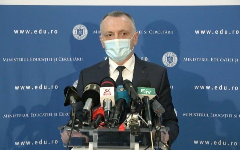 Tanügyminiszter: a fertőzésszám csökkenése az első számú feltétel a jelenléti oktatáshoz való visszatéréshez