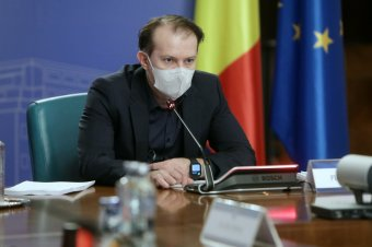 A járványügyi szabályok szigorú betartására szólított fel, emellett az oltási kapacitás növelését ígérte a kormányfő
