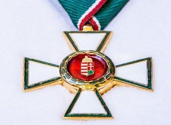 Magyar Érdemrend kitüntetést kapott számos erdélyi közéleti személyiség