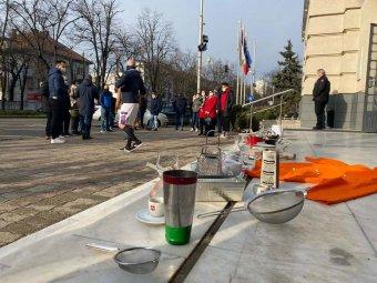 Letették a fegyvert: a temesvári vendéglátósok azt kérik, ne hosszabbítsák meg a karantént