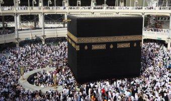 Csak koronavírus ellen beoltott hívők mehetnek ezentúl mekkai zarándoklatra
