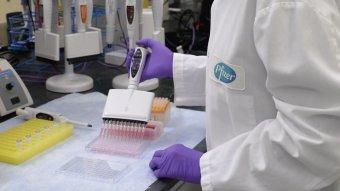 Hatékonynak bizonyult a Pfizer/BioNTech-vakcinája a tinik körében