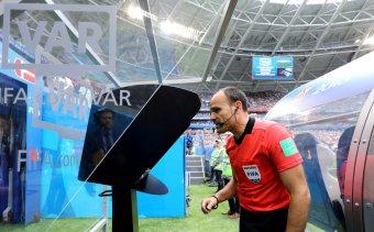 Jövőre jön a VAR a Liga 1-be: a következő futballszezon rájátszásában már alkalmazhatják a technikát