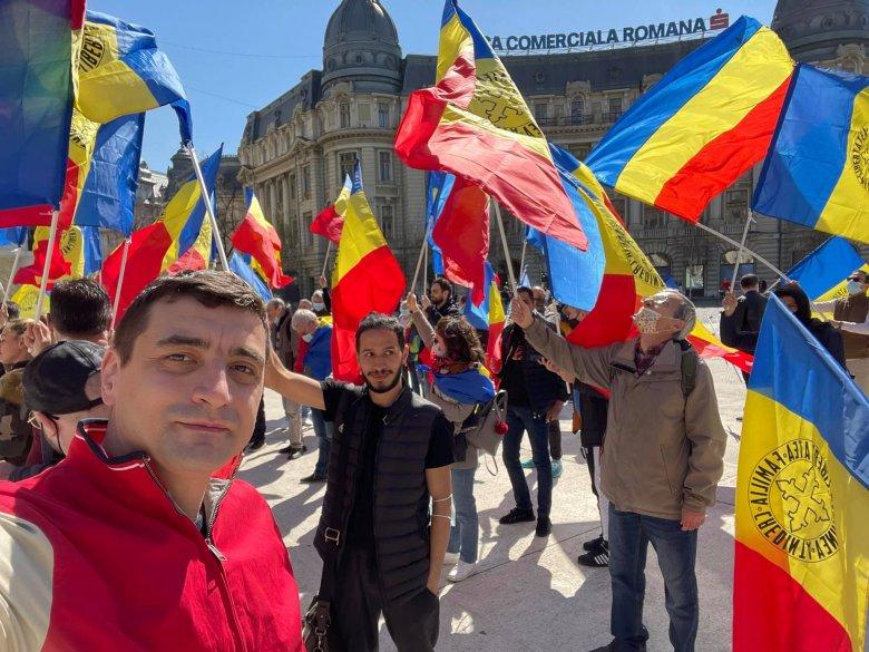 Ismét utcára vitte híveit az AUR, több százan tüntetnek a korlátozások ellen Bukarestben