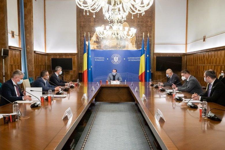Cîţu figyelmeztet: június elsejétől nem tér vissza minden a normális kerékvágásba