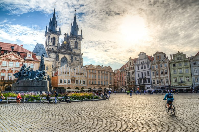 Óvatos nyitás Csehországban: nem fogja már kérni a cseh kormány a szükségállapot meghosszabbítását