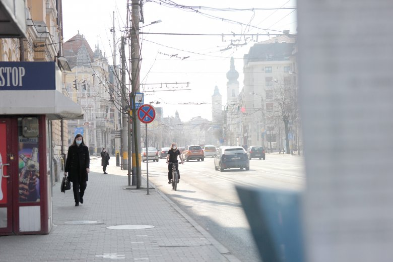 Tovább csökkent az új fertőzöttek száma Romániában