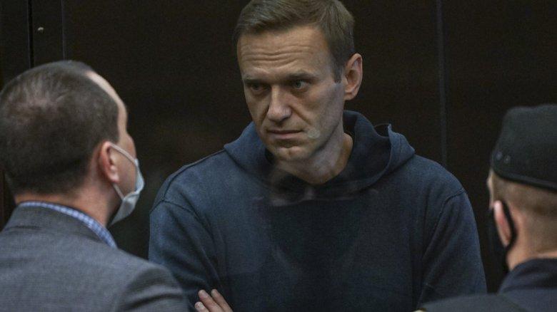 Újabb vádat emeltek Alekszej Navalnij ellenzéki politikus ellen az orosz nyomozó hatóságok