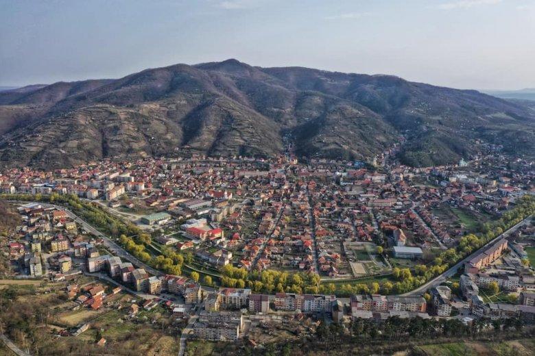 Kevesebben is erősek: várják a közös ünnepet a szilágysomlyói magyarok a város írásos említésének 770. évfordulóján
