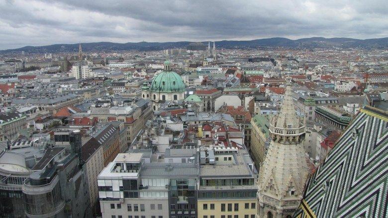 Szigorításokról döntöttek Ausztriában, Izraelben is tovább nőtt az új fertőzöttek száma