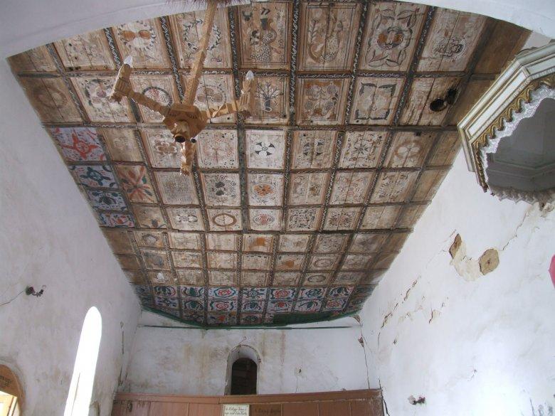Menthetetlen volt a beomlott tacsi református templom, anyaországi támogatással megmenekül a famennyezet