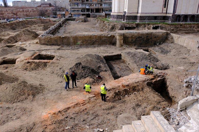Egyre tisztább képet kapnak a régészek a középkori Nagyváradról