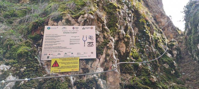 Kalandra fel: új via ferrata útvonalat avattak a Fehérkői-szurdokvölgyben