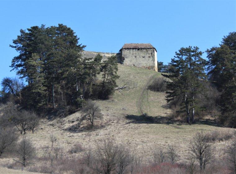 Hosszú még az út, amíg felújíthatják Nyírő József szülőfalujának titokzatos várát