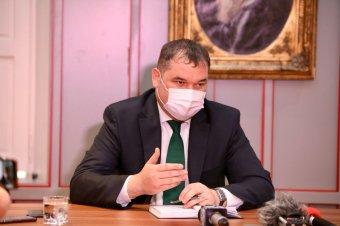 Megreformálják az építés-szabályozást, fejlesztik a lemaradt régiókat – ígérte Cseke Attila Kolozsváron