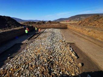 Római utat találtak az észak-erdélyi autópálya szilágysági nyomvonalán – VIDEÓ