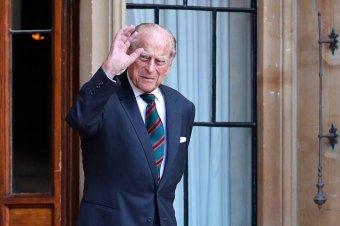 Csak a királyi család harminc tagja lesz jelen Fülöp herceg szombati temetésén