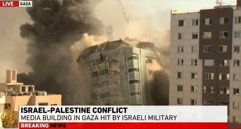 Lebombázott az izraeli légierő egy szerkesztőségeknek is otthont adó épületet Gázában