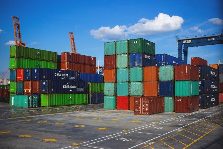 Újabb ötszáz tonnányi, Németországból származó hulladékra bukkantak a konstancai kikötőben