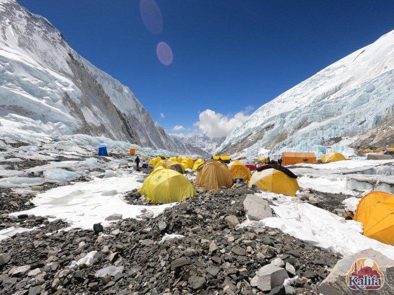 Túl van az első akklimatizációs körön Varga Csaba váradi hegymászó az Everesten