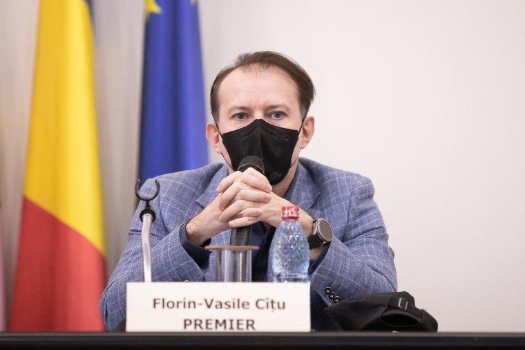 Az árvizek és a viharok okozta károk elhárításáról egyeztetett a prefektusokkal Florin Cîțu kormányfő