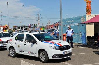 Konvojban oltatják be magukat az aradi taxisok