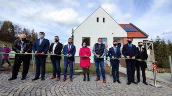 Magyar állami támogatással épült orvoslakásokat avattak Borszéken
