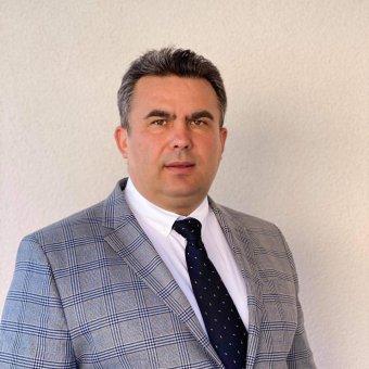 Vádat emeltek a Szatmár megyei polgármester ellen egy adóellenőr bántalmazása miatt