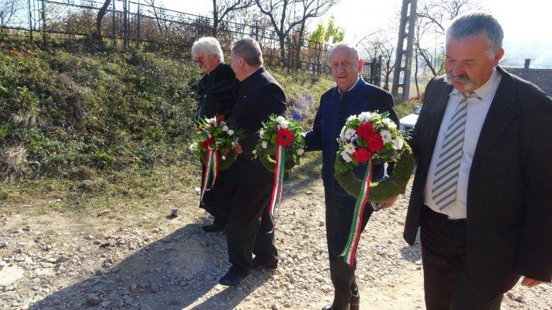 Kalotaszegi kőből épített műemléket avatnak Magyarországon a nemzeti összetartozás napján
