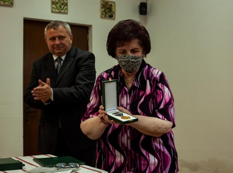 A kultúrát és művészetet befogadó kapu – Magyar állami kitüntetést vett át Egyed Emese és Essig Kacsó Klára
