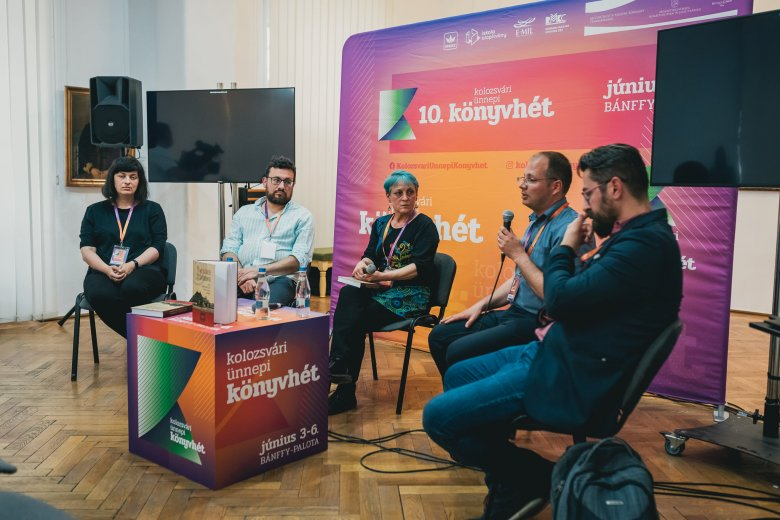 Egyetlen kötetben az erdélyi magyar filmezés, mozizás története
