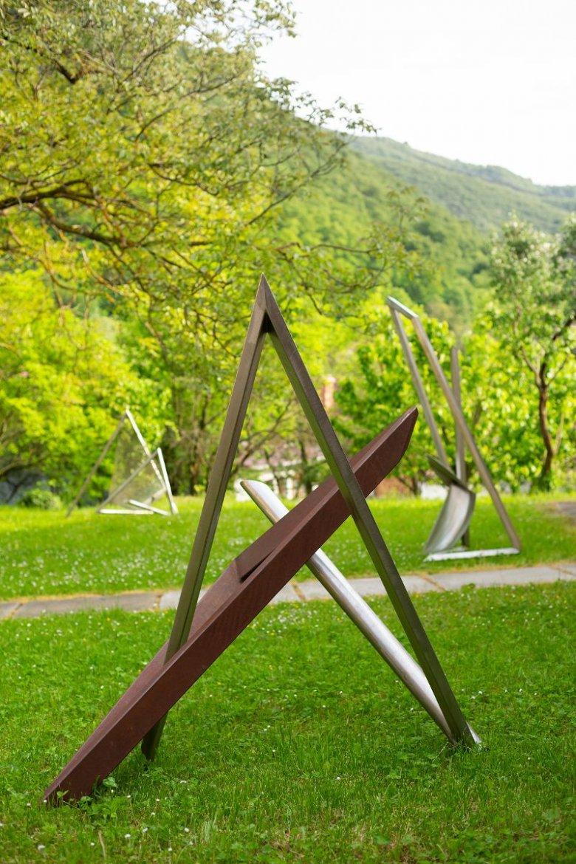 Szeben megyében állítják ki Gabriela von Habsburg főhercegnő acélból készült alkotásait