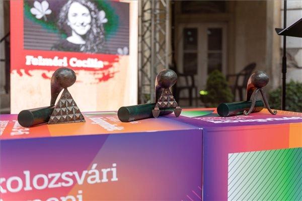 Értékteremtés a kiszámíthatatlanság kellős közepén: átadták az Erdélyi Magyar Kortárs Kultúráért Díjakat (VIDEÓ)