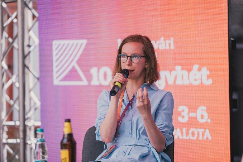 A rendszerváltás története romániai magyar perspektívából a Kolozsvári Ünnepi Könyvhét záróeseményén